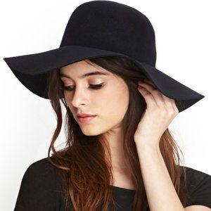 NWT Black Wide Brim Floppy Wool Felt Hat One Size